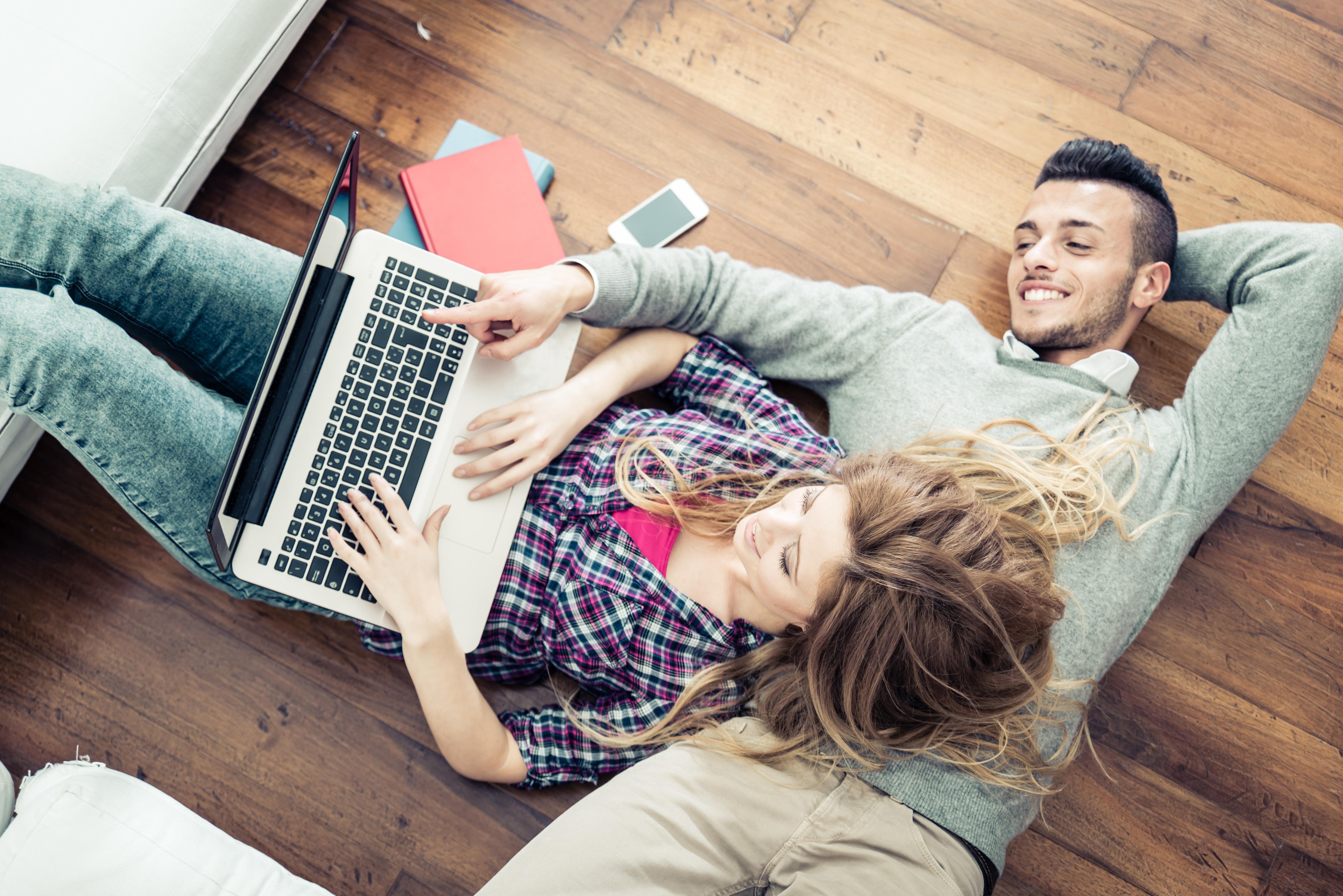 ¿Cómo comprar por internet, ahorrar y no morir en el intento?