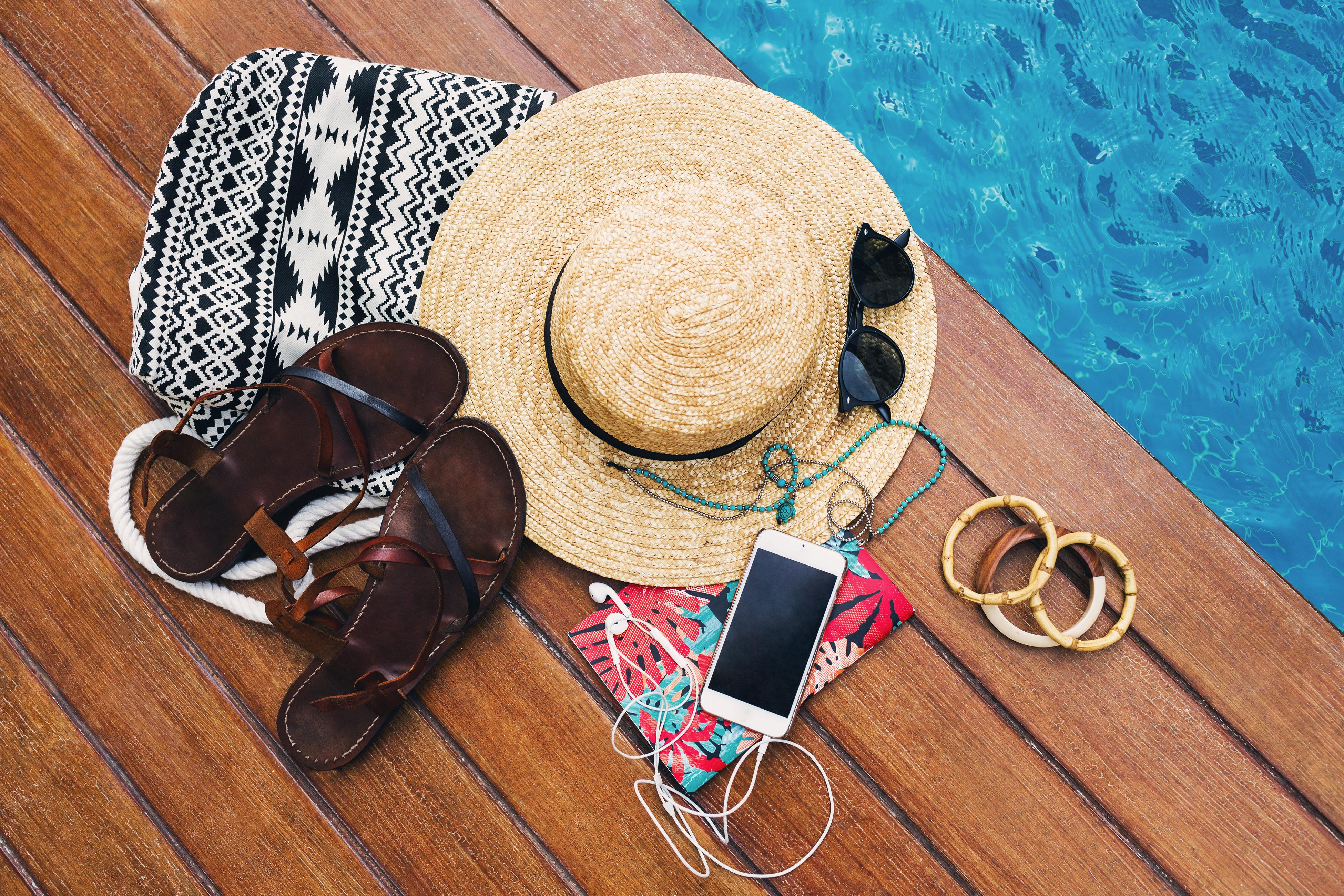 Toma nota: ¡4 looks y complementos infaltables para este verano!